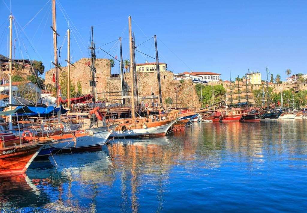 السياحة في أنطاليا - البلدة القديمة